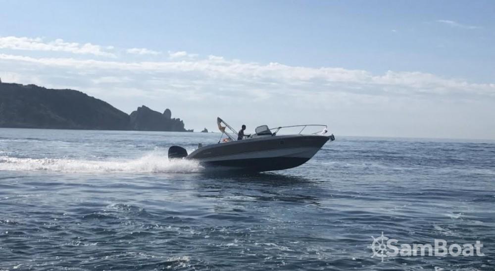 Sessa Marine Key Largo 26 entre particuliers et professionnel à Torroella de Montgrí