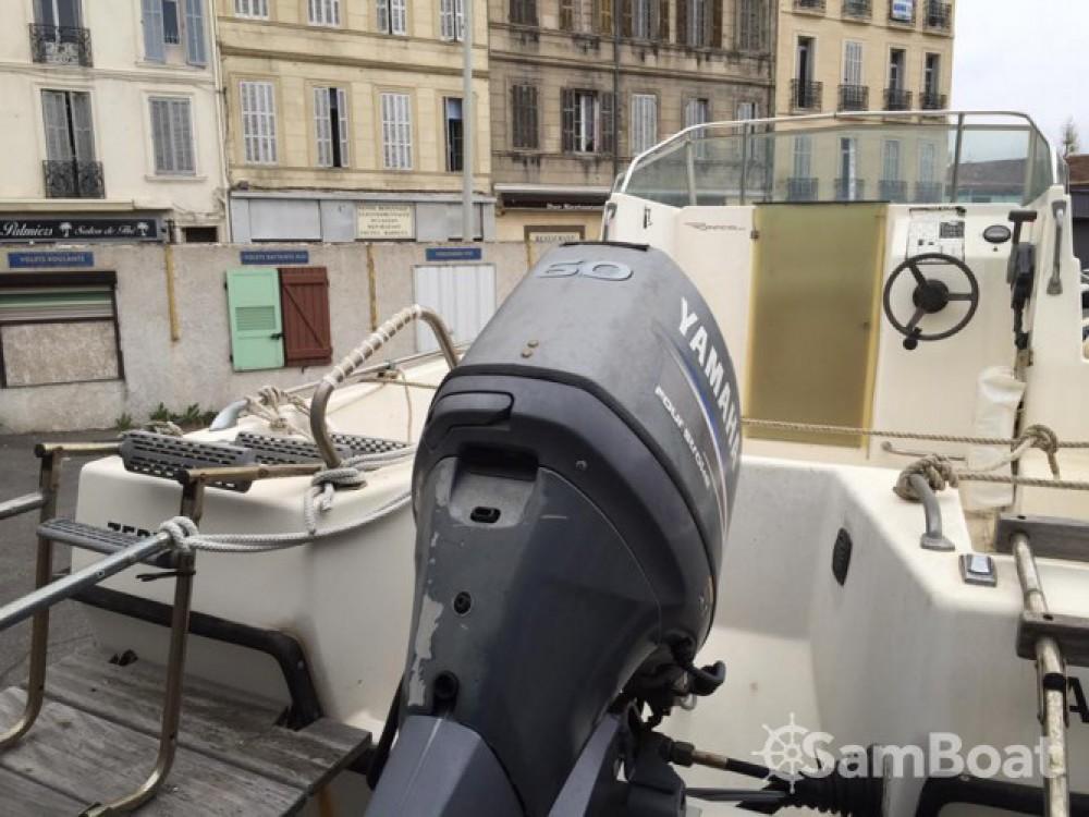 Location bateau Marseille pas cher Zephir 540