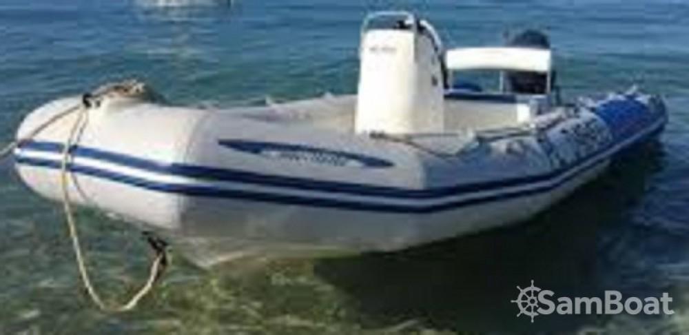 Louer Bateau à moteur avec ou sans skipper Zodiac à Saint-Lunaire