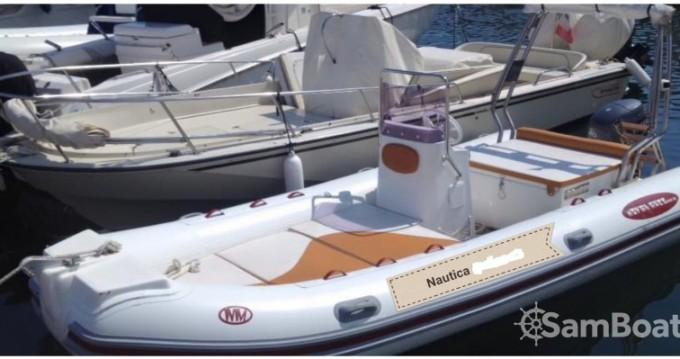 Louer Semi-rigide avec ou sans skipper Novamare à Porto di Mergellina