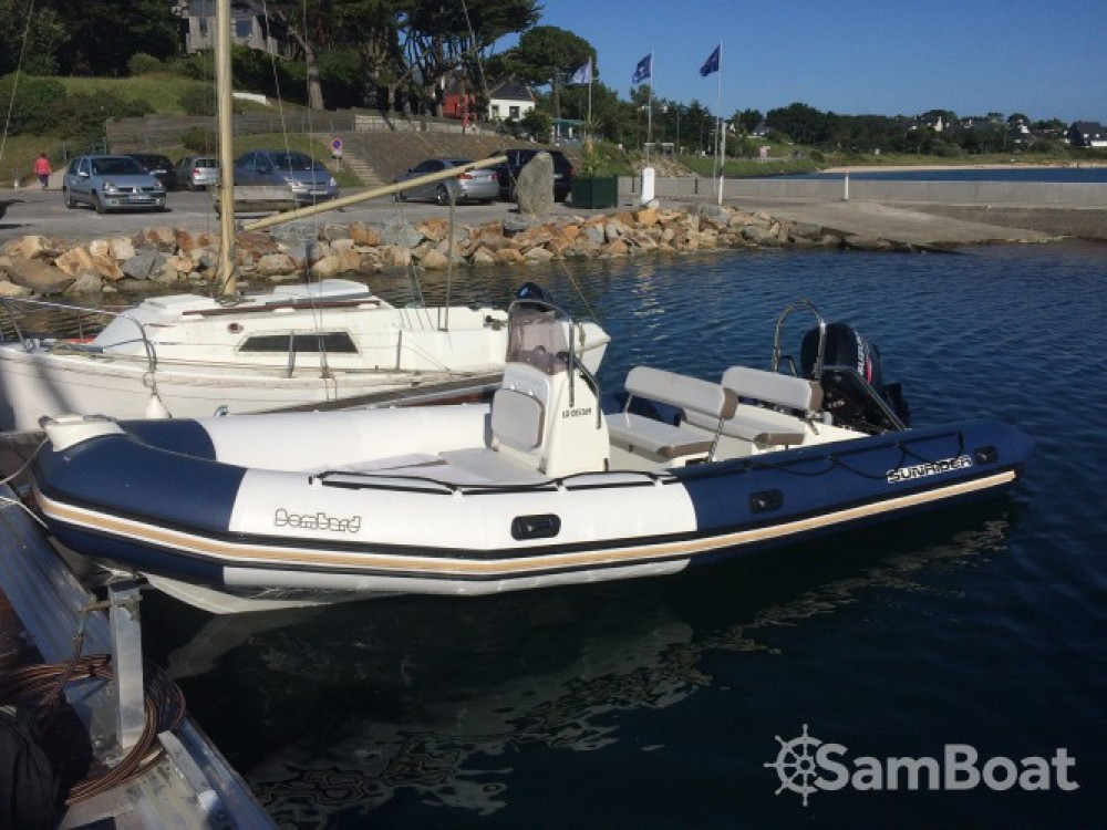 Location bateau Bombard Sunrider 650 à Guidel sur Samboat