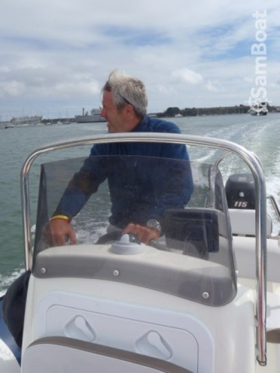 Hire RIB with or without skipper Bombard Guidel