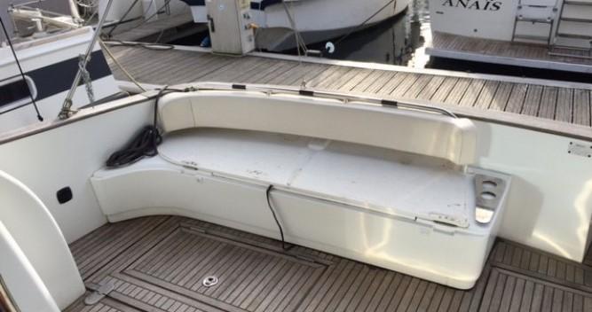Louer Bateau à moteur avec ou sans skipper Bénéteau à Fréjus