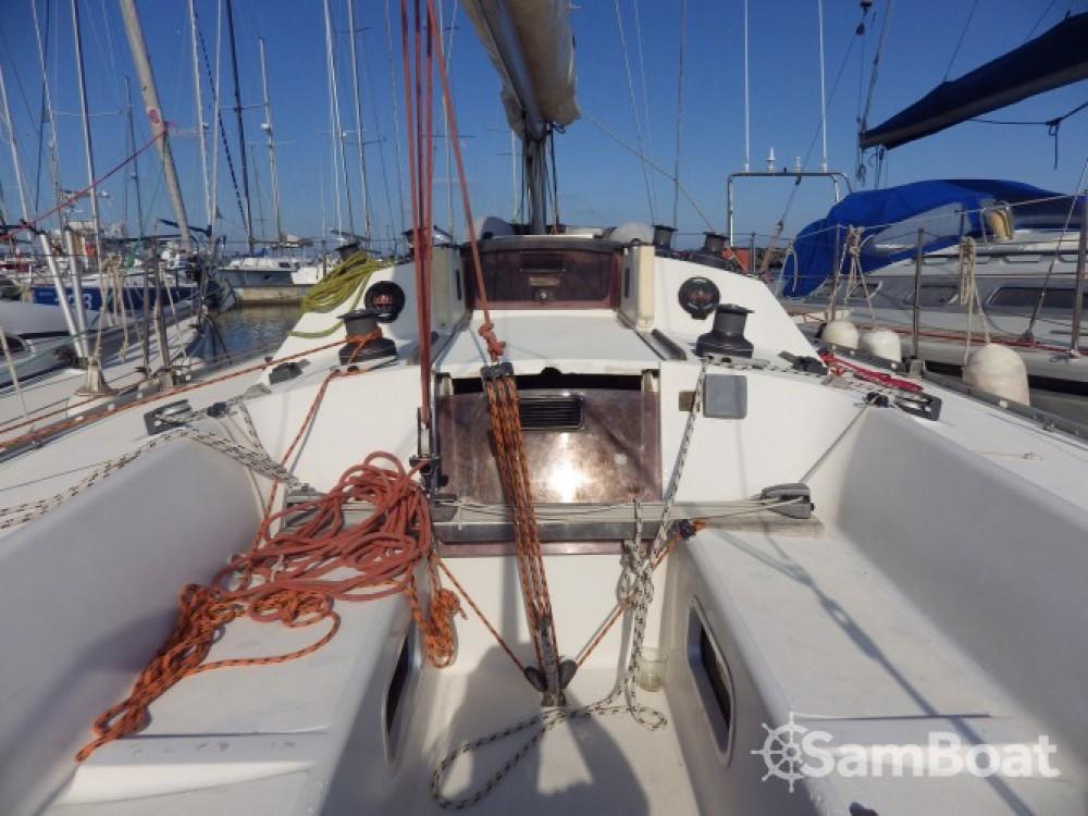Louer Voilier avec ou sans skipper Jeanneau à Marseille