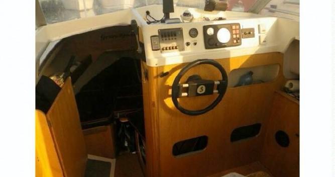 Louer Bateau à moteur avec ou sans skipper Bénéteau à Pointe-Rouge