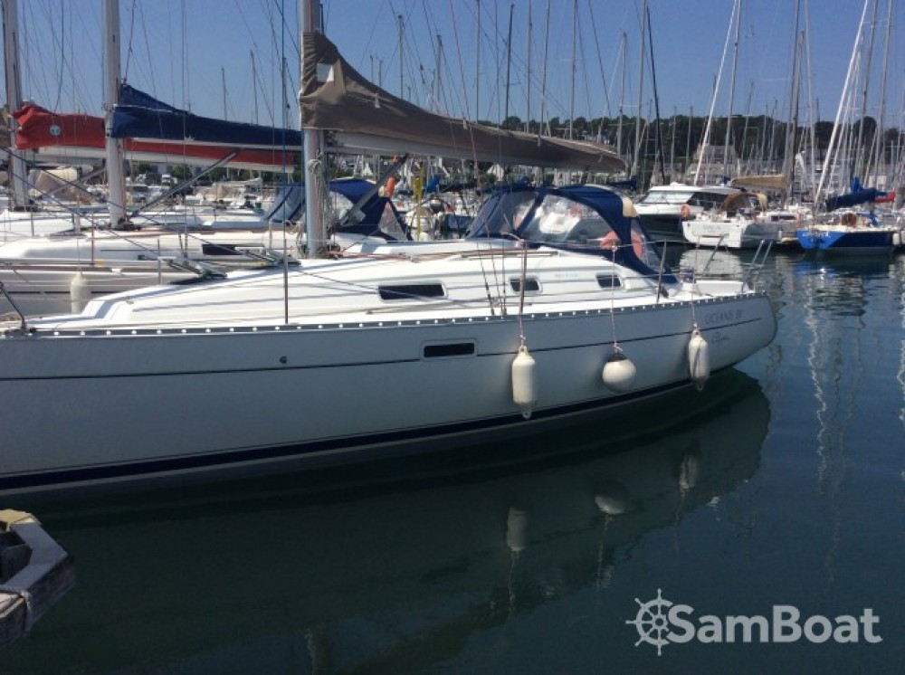 Rental Sailboat in La Trinité-sur-Mer - Bénéteau Oceanis 311 Clipper