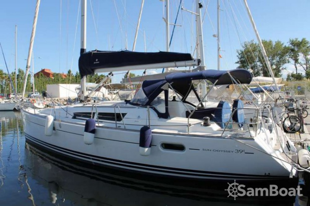 Location bateau Jeanneau Sun Odyssey 39i à Bandol sur Samboat