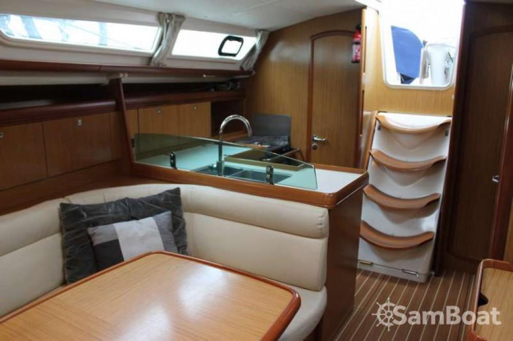 Location bateau Bandol pas cher Sun Odyssey 39i