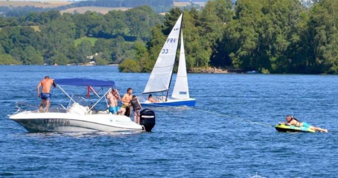 Boat rental Quicksilver Quicksilver 555 Commander in Canet-de-Salars on Samboat