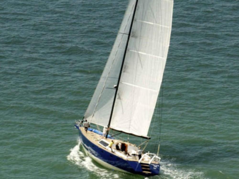 Boat rental Brest cheap 70 pieds