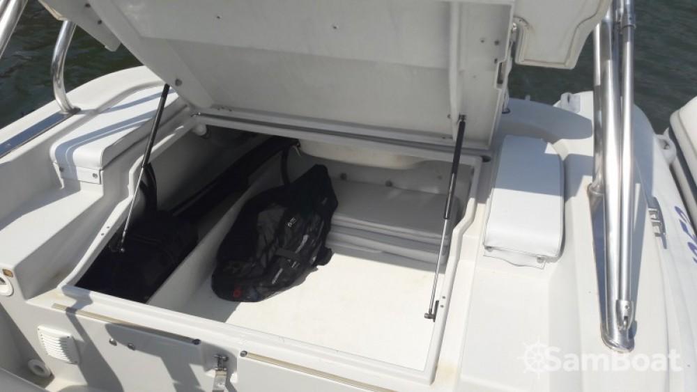 Motonautica Vesuviana MV  650 confort entre particuliers et professionnel à Saint-Florent