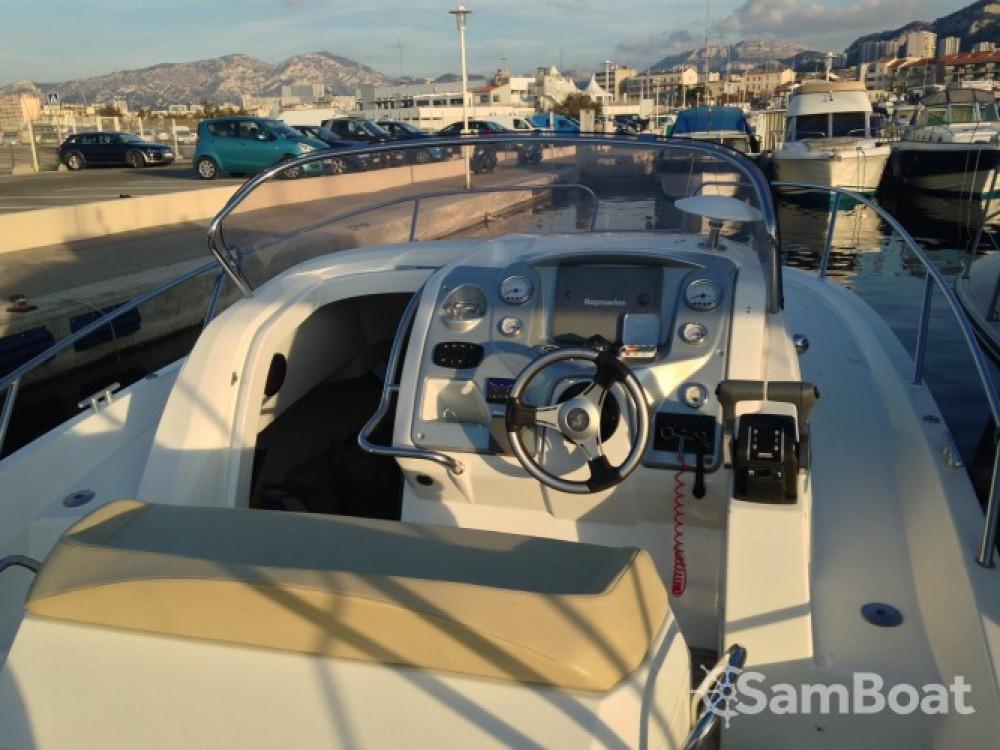 Location bateau Bénéteau Flyer 850 Sun Deck à Marseille sur Samboat
