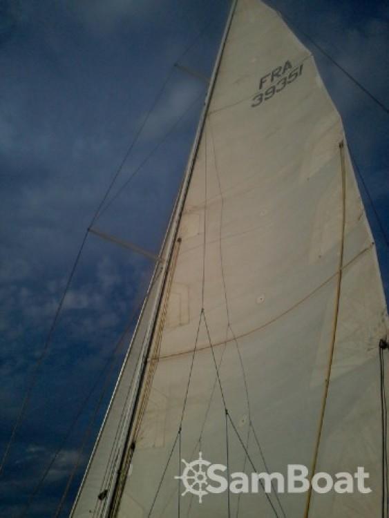Location bateau Jeanneau Sun Kiss 47 à Saint-Cyprien sur Samboat