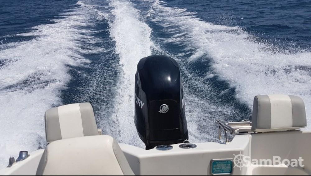 Boat rental Quicksilver Quicksilver 555 Commander in Trogir on Samboat
