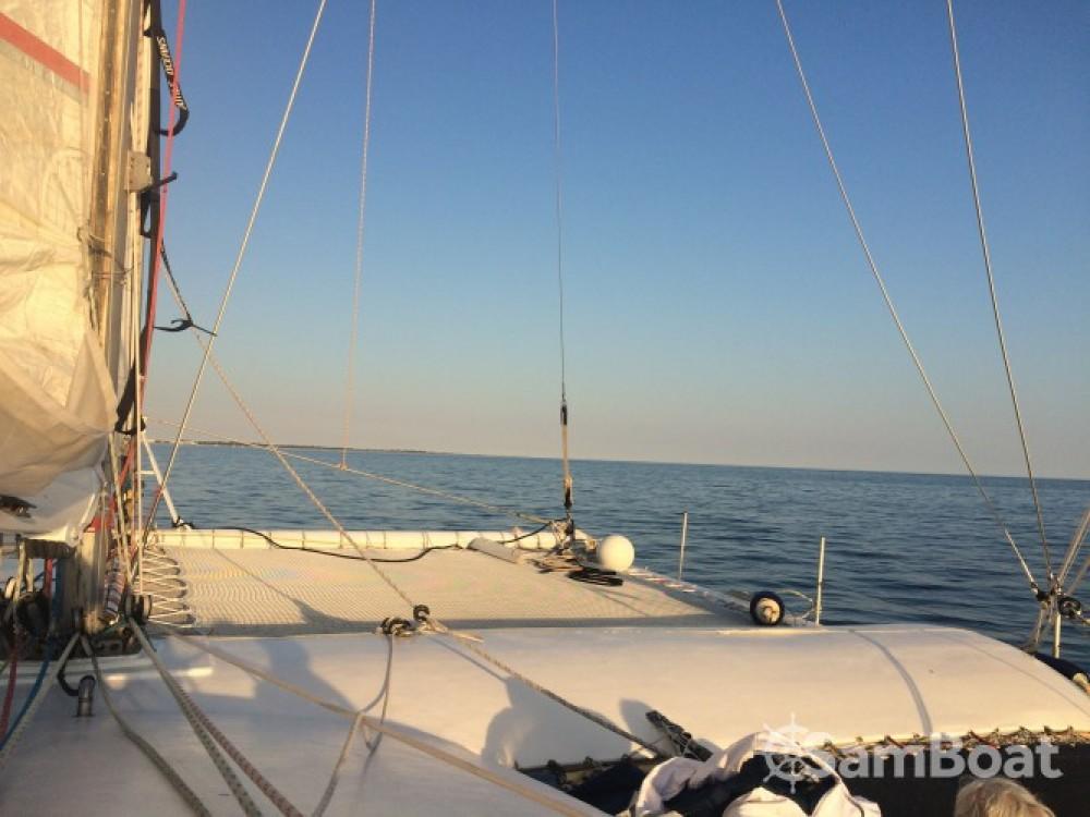 Location yacht à Le Grau-du-Roi - Launet-Sa catamaran de course 60' sur SamBoat
