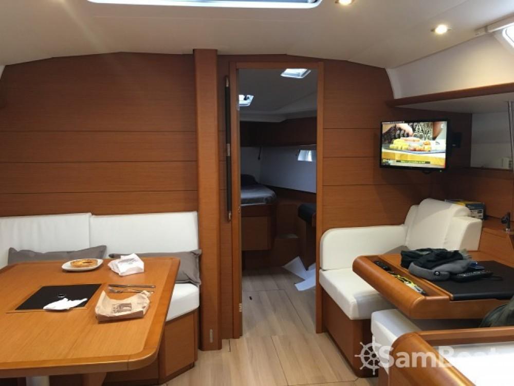 Location yacht à La Grande-Motte - Jeanneau Sun Odyssey 479 sur SamBoat