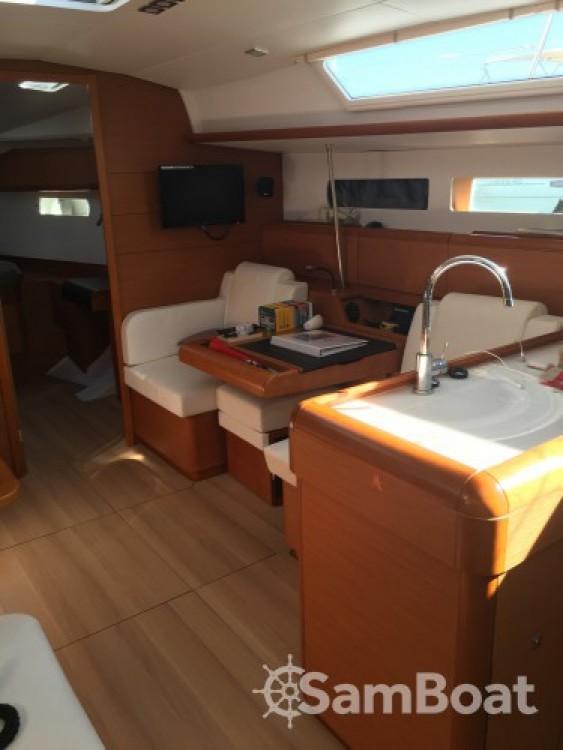 Louez un Jeanneau Sun Odyssey 479 à La Grande-Motte