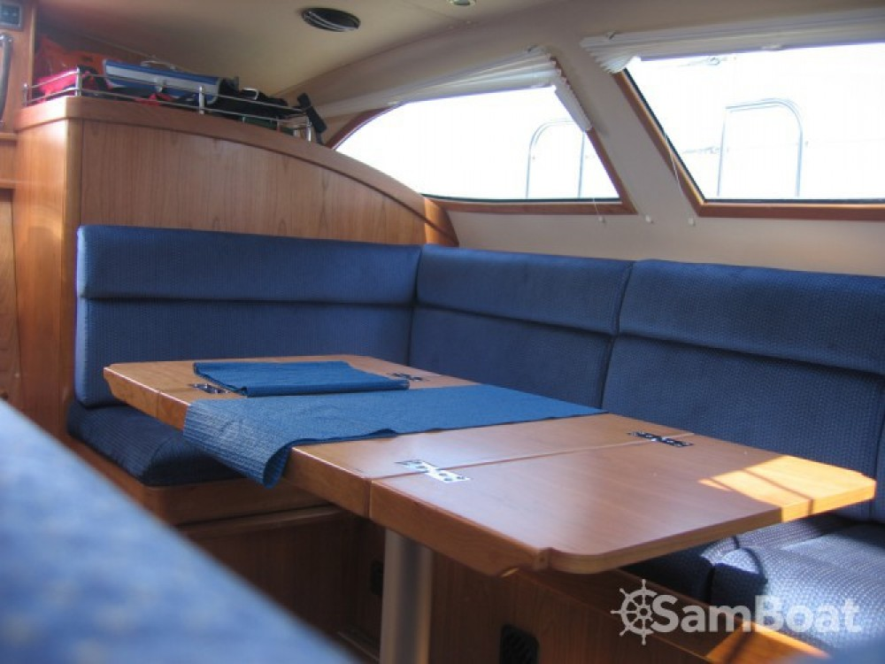 Rental Sailboat in Eastleigh - Southerly 42RST