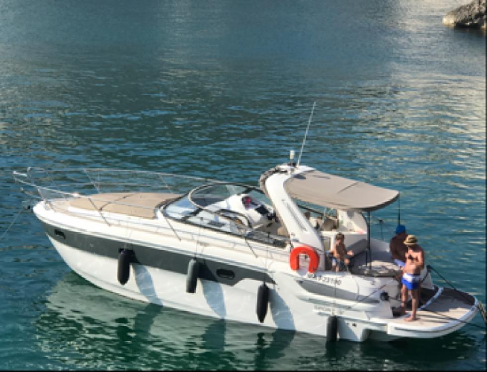 Location Bateau à moteur à Marseille - Bavaria Bavaria 32 Sport HT