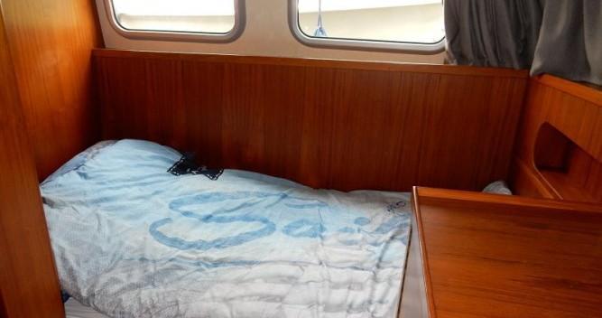 Rental yacht Saint-Nicolas-des-Eaux - Pedro Pedro 1020 on SamBoat