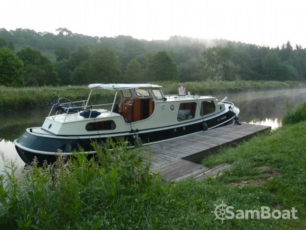 Location bateau Bies Motortjalk Bies à Saint-Nicolas des Eaux sur Samboat