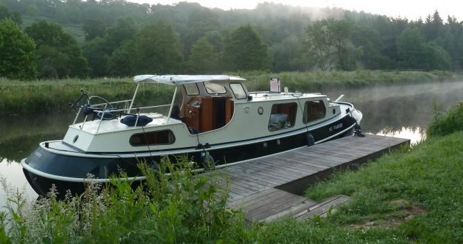 Rental Houseboat in Saint-Nicolas-des-Eaux - Bies Motortjalk Bies