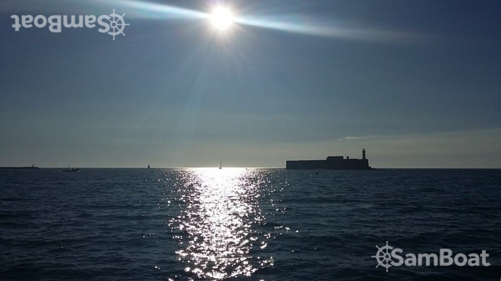 Location yacht à Agde - B2 Marine Cap Ferret 650 Open sur SamBoat