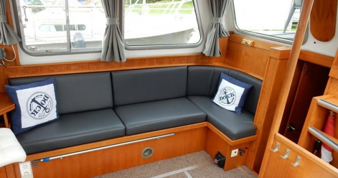 Hire Houseboat with or without skipper Pedro Saint-Nicolas-des-Eaux