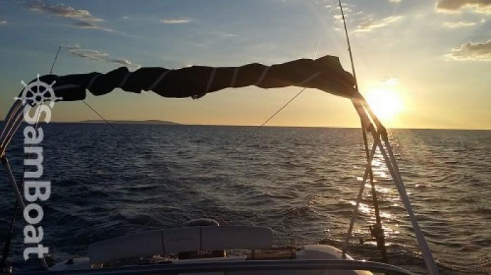 Louer Bateau à moteur avec ou sans skipper B2 Marine à Agde