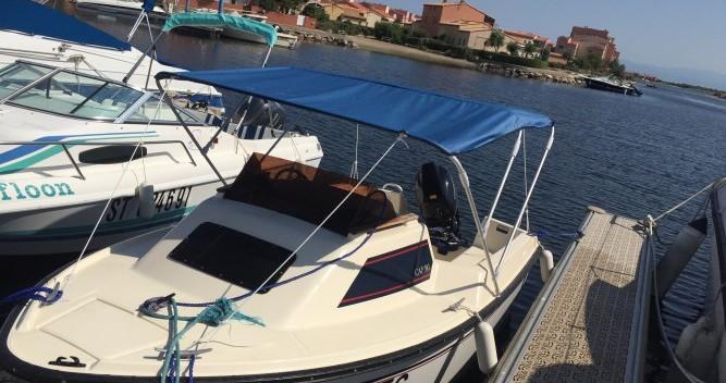 Location bateau Le Barcarès pas cher Cap 390