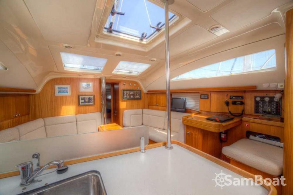 Location bateau Elan Impression 434 à San Vincenzo sur Samboat