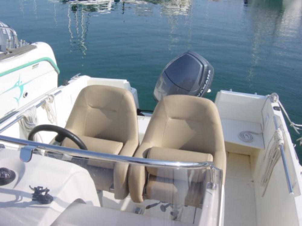 location bateau  u00e0 moteur jeanneau cap camarat 5 5 style