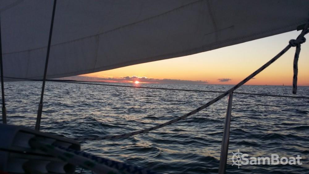 Location yacht à Le Verdon-sur-Mer - Archambault Sprint 95 sur SamBoat