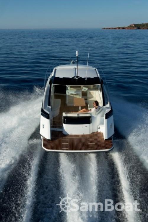 Louez un Bénéteau Gran Turismo 40 à Port Charles Ornano