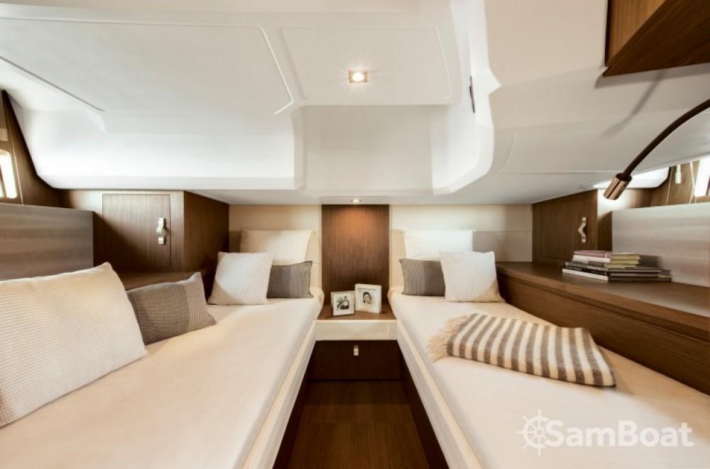 Location yacht à Port Charles Ornano - Bénéteau Gran Turismo 40 sur SamBoat