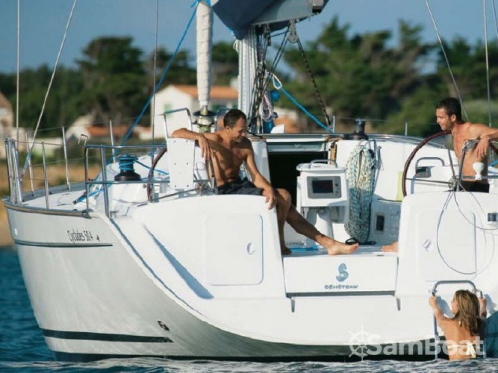 Bénéteau Cyclades 50.5 entre particuliers et professionnel à Marina Gouvia