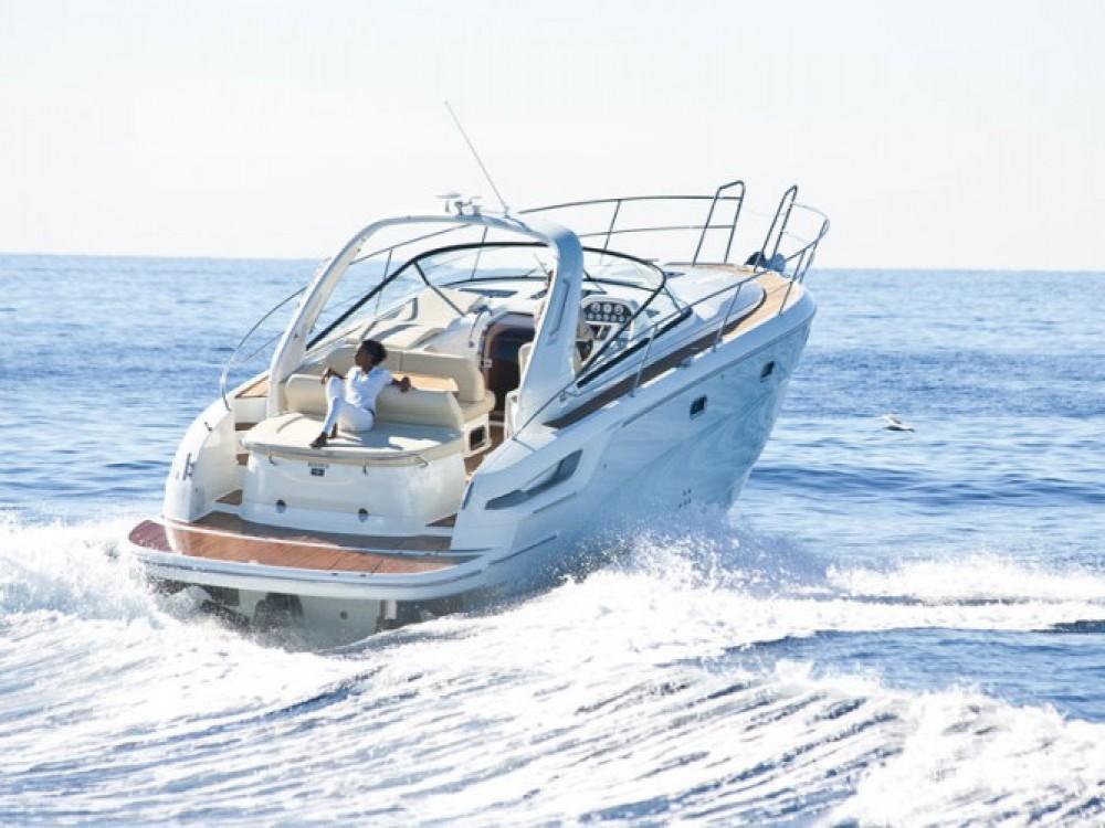 Location bateau Bavaria Bavaria 34 Sport à Marina di Portisco sur Samboat
