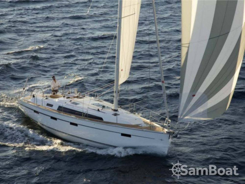 Louez un Bavaria Cruiser 41 à Castellammare di Stabia