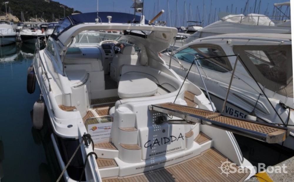 Bavaria Moa Platinum 40 entre particuliers et professionnel à Lavagna