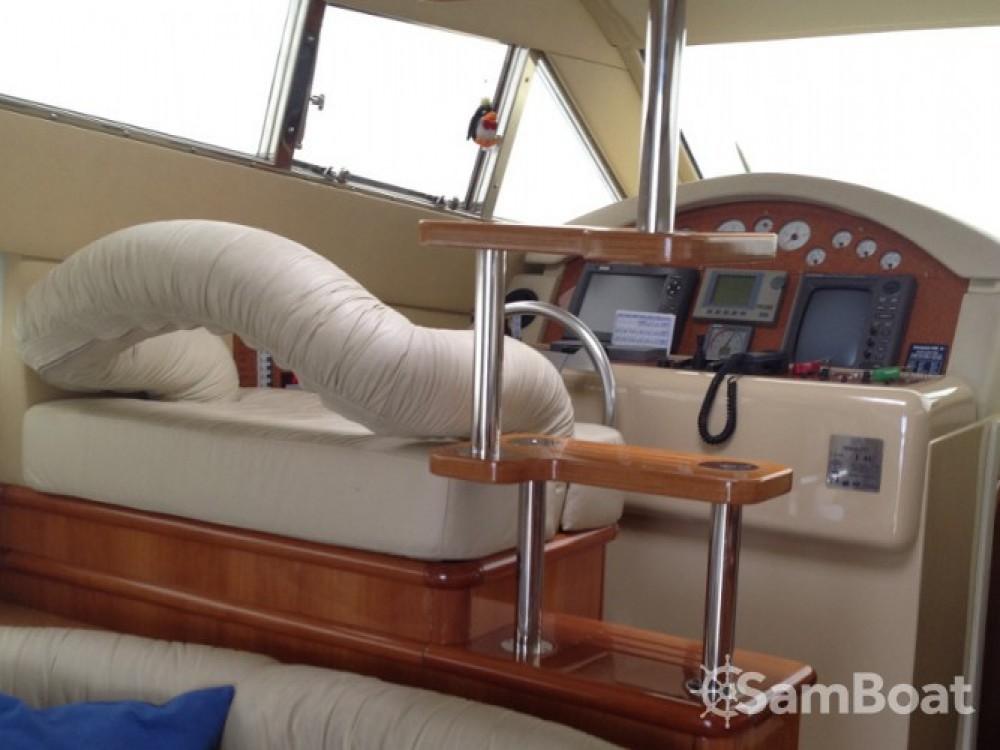 Location bateau Krk pas cher Ferretti 460
