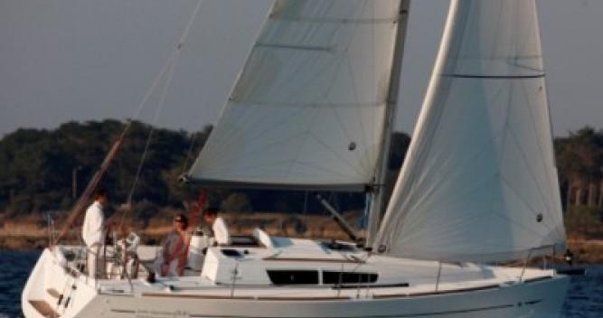 Louer Voilier avec ou sans skipper Jeanneau à Castiglione della Pescaia