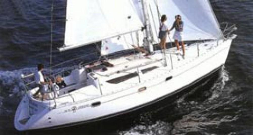 Location bateau Jeanneau Sun Odyssey 33i à Castiglione della Pescaia sur Samboat