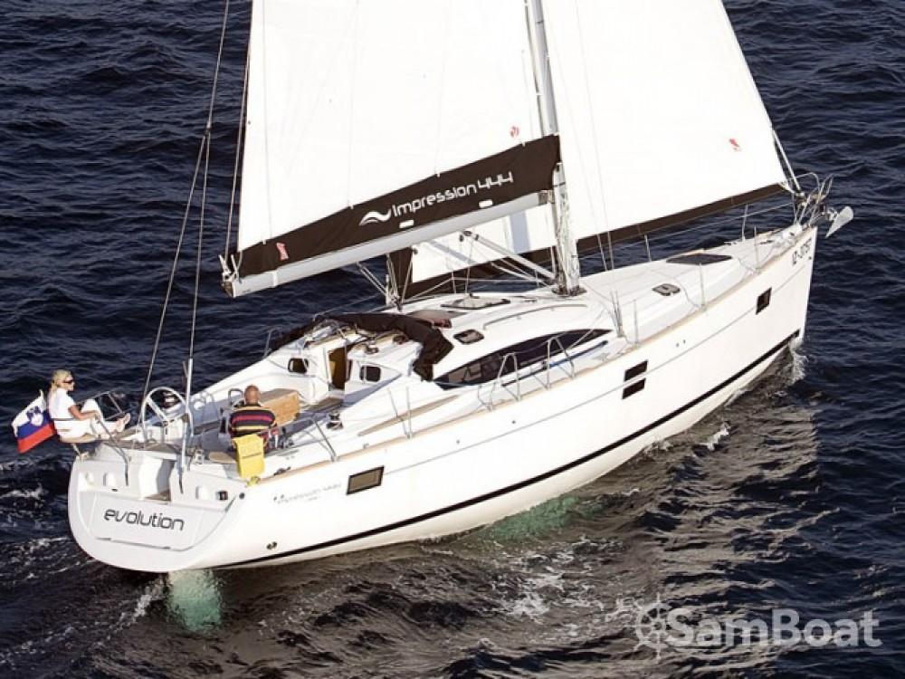 Location yacht à ACI Marina Pula - Elan Elan 444 Impression sur SamBoat
