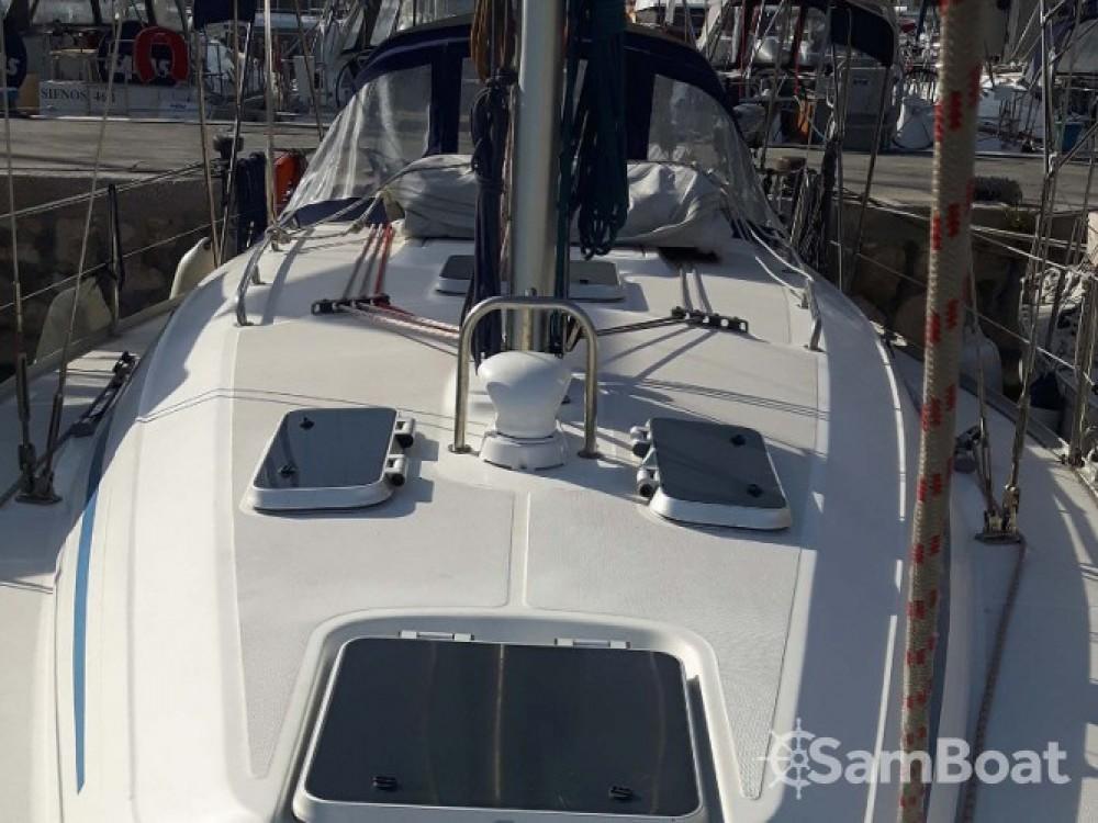 Location bateau Bavaria Bavaria 38 à Marina de Alimos sur Samboat