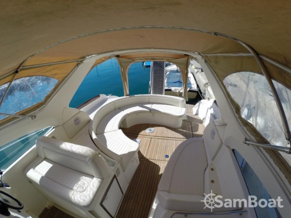 Louer Bateau à moteur avec ou sans skipper Jeanneau à Sant Antoni de Portmany