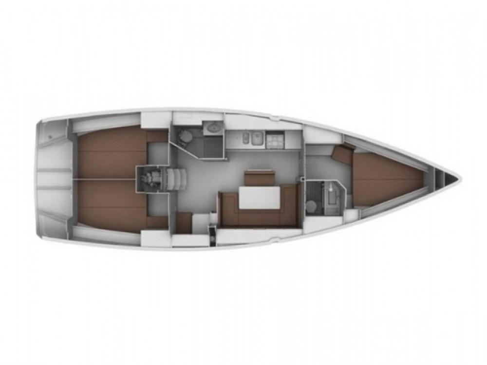 Bavaria Bavaria 40 Cruiser entre particuliers et professionnel à Marina Gouvia