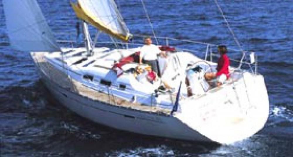 Bénéteau Oceanis 37 entre particuliers et professionnel à Leucade