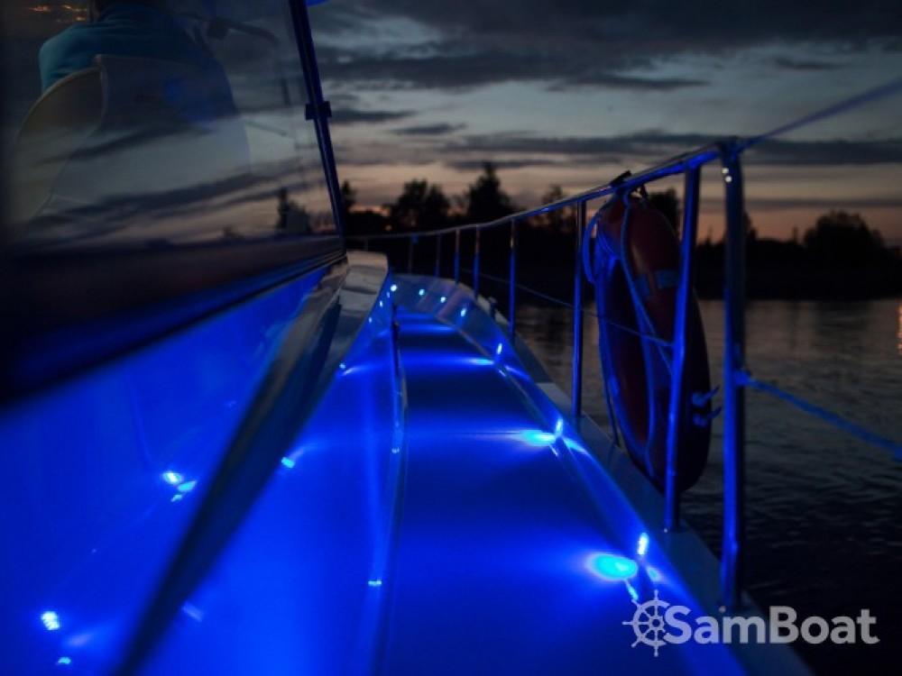 Location yacht à Port PTTK Wilkasy - Delphia Nautika 1300 VIP sur SamBoat