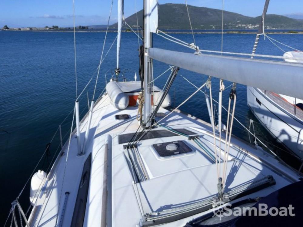 Rental yacht Palairos - Bénéteau Oceanis 43 on SamBoat