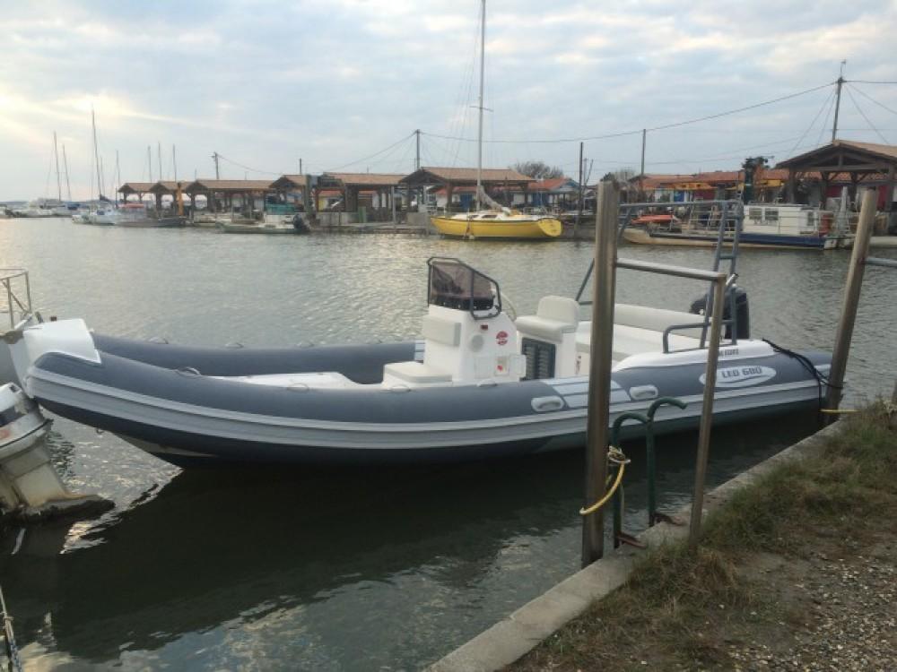 Nautica Led LED 680 between personal and professional Lège-Cap-Ferret